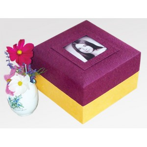 Purple Embrace Earthurn - Creative Eco Friendly Ashes Caskets